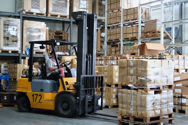 CL320 Forklift Weighing System in use